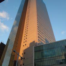 ピンポンダッシュで名古屋の摩天楼の喜扇亭さんへ